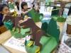 未来の博士を育てる科学教室「ダンボールの性質を利用して恐竜の島を作ろう!」